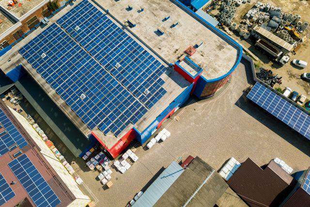 Panele fotowoltaiczne dla firm - Otwarta Energia