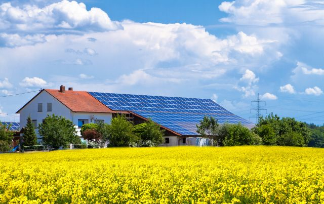 Fotowoltaika dla gospodarstw - Otwarta Energia