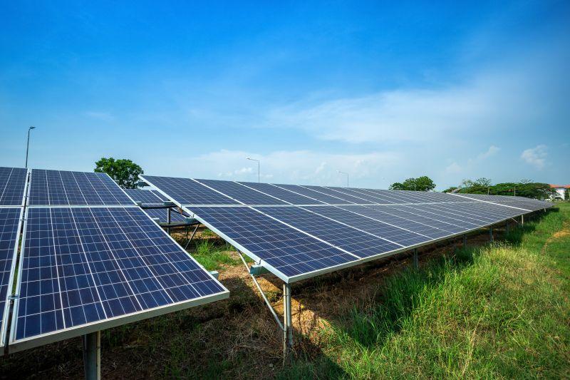 Panele fotowoltaiczne, darmowa energia - Otwarta Energia