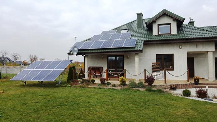 Przykład hybrydowej instalacji fotowoltaicznej – nagruncie ina dachu - otwartaenergia.pl